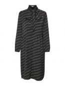 Kleid Debbie von Saint Tropez in BlackFlower