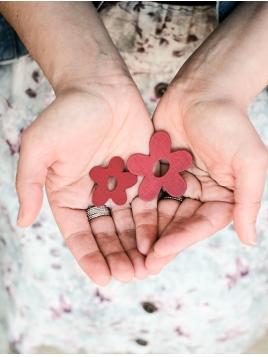 Holzblume von Ib Laursen in Rot